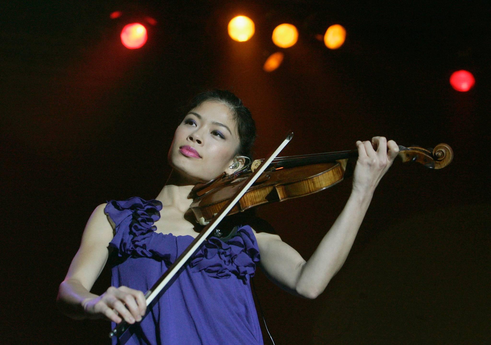 08 Vanessa-Mae