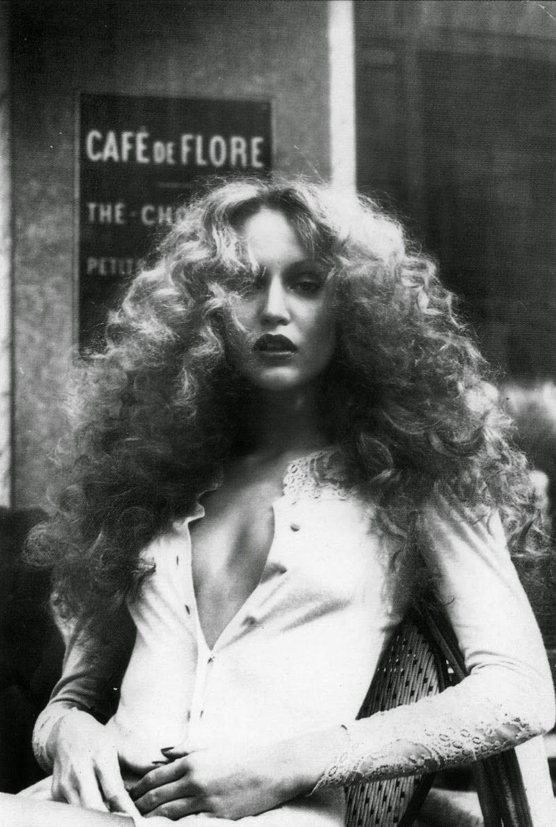 08. Jerry Hall