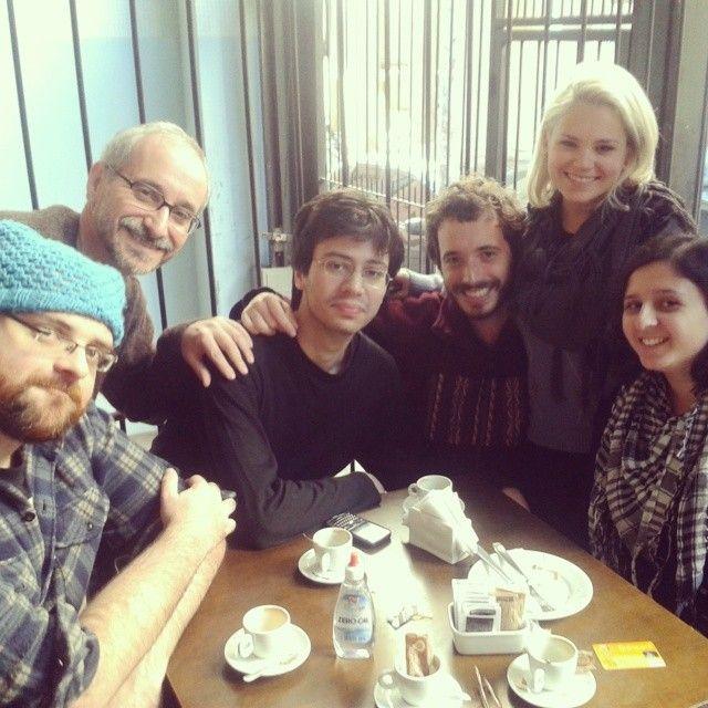 Parte do time num encontro no Café Macuco da Jerônimo Coelho.