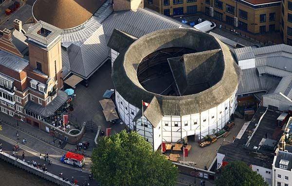 Há 400 anos, o fogo consumia o teatro de Shakespeare em Londres