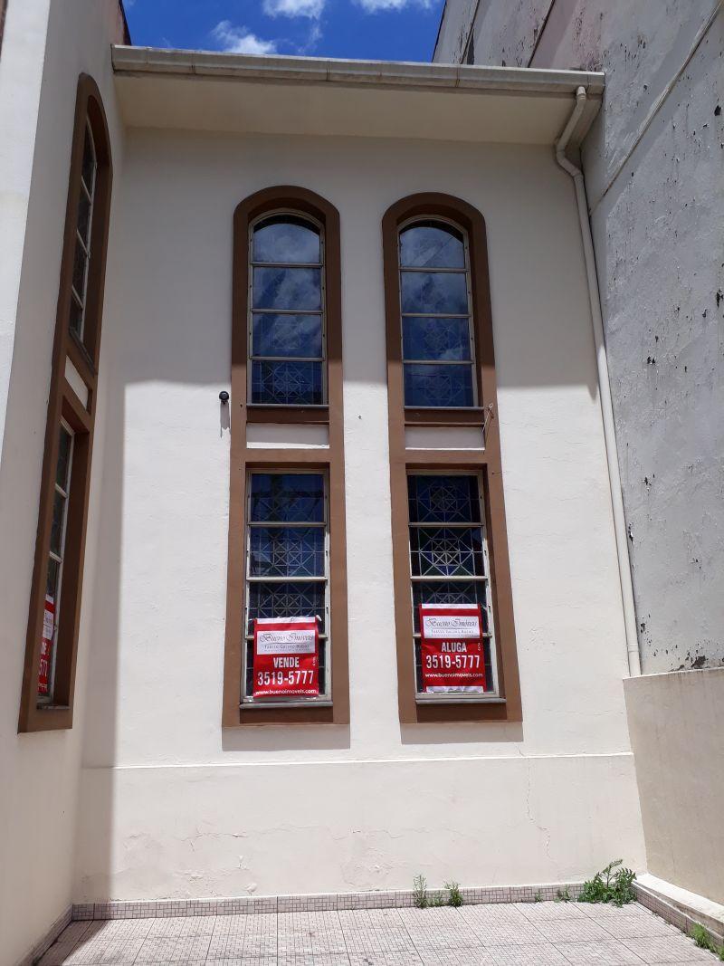 Igreja à venda!