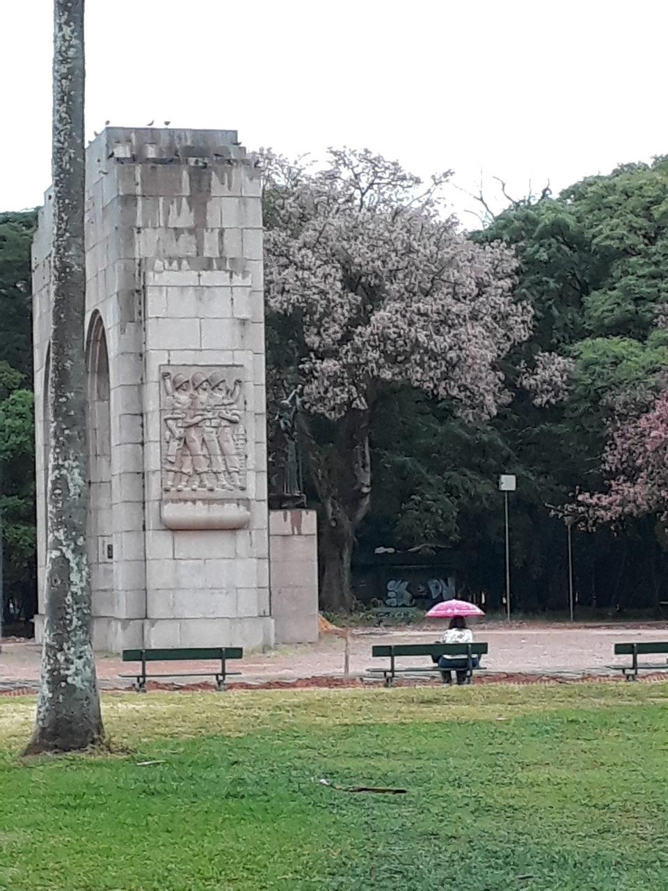 Parque da Redenção, ontem pela manhã, 8h30, na chuva
