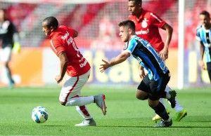 Anderson e Ramiro: o Grêmio correu atrás, sem alcançar | Foto: Ricardo Duarte