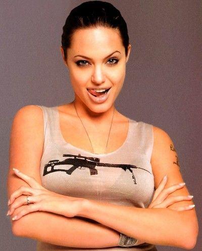 Angelina_Jolie_07