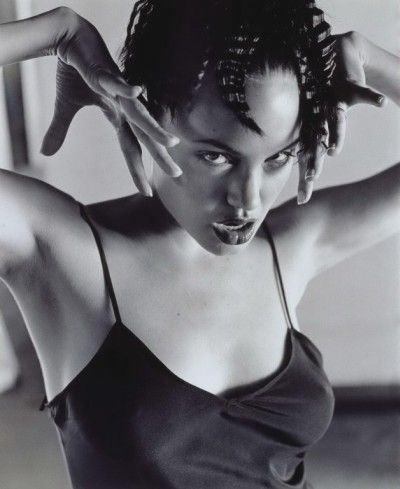 Angelina_Jolie_10