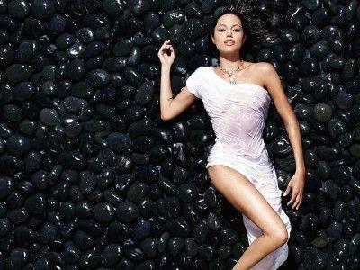 Angelina_Jolie_11