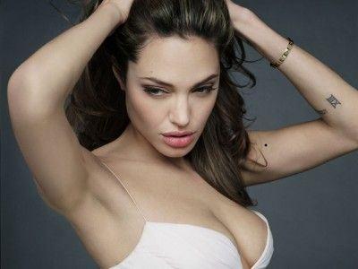 Angelina_Jolie_16