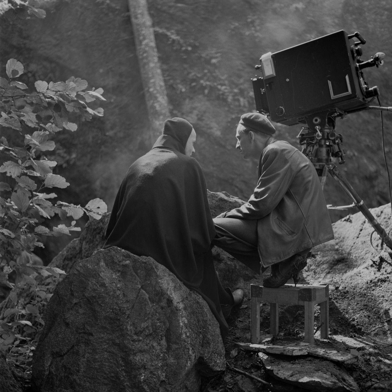 Bergman e Bengt Ekerot (a morte) durante as filmagens de O Sétimo Selo
