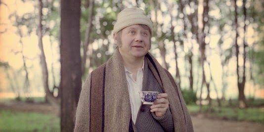 Oblómov no elogiado filme homônimo de Nikita Mikhalkov