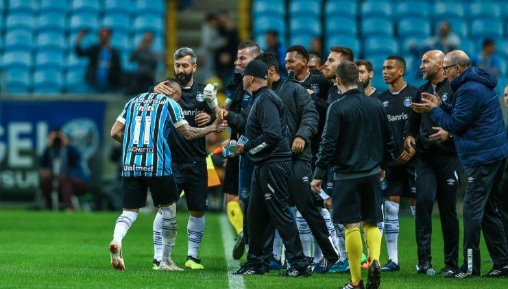 Bom dia, Renato (com os lances de Grêmio 2 x 1 São Paulo)