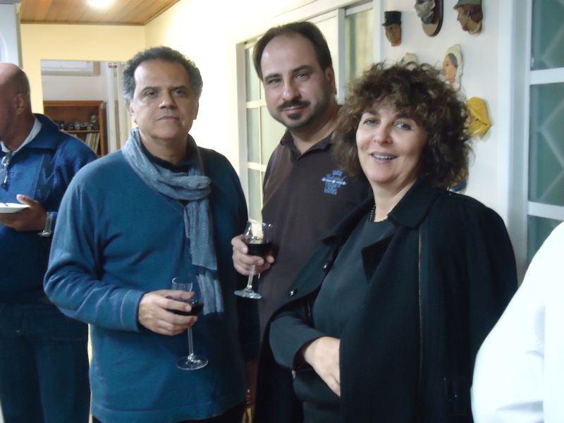 Sintam a elegância dos primos. Com Robson Pereira, Augusto Maurer e Lúcia Serrano.
