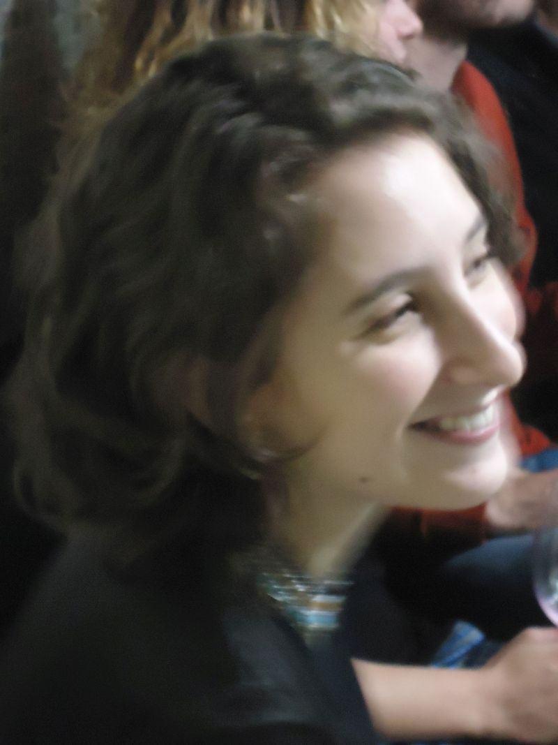 Poesia, com Bárbara Jardim Ribeiro.