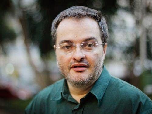 """""""Ninguém que dependa de votos no Brasil é louco de se associar aos ateus"""""""