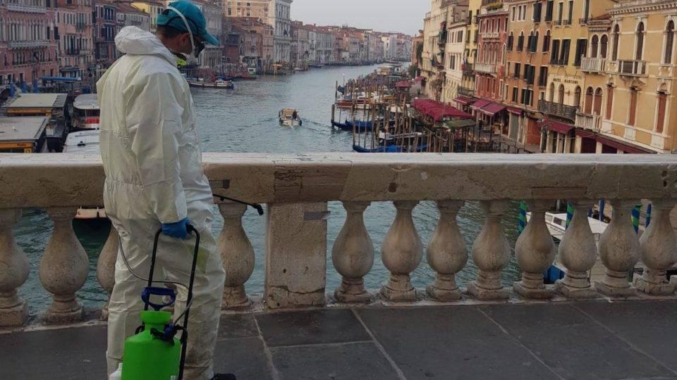 Como os amantes de livros italianos estão lidando com o bloqueio de coronavírus