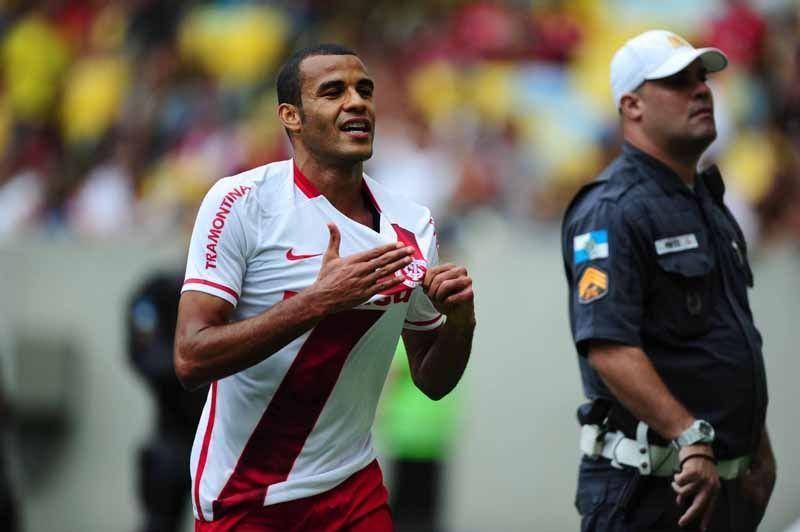 """Bom dia, Argel Fucks (veja os """"melhores"""" lances de Flamengo 0 x 1 Inter)"""