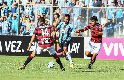 Bom dia, Renato! (com os lances do Grêmio 1 x 1 Vitória na serra)