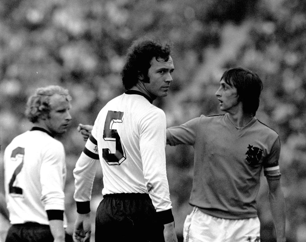 Germany 74 Home Back Franz Beckenbauer, Holland