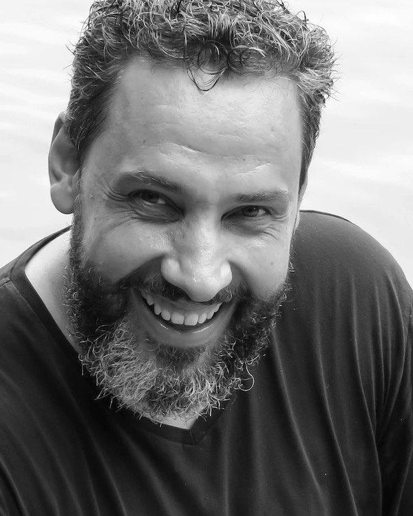 Gustavo Melo Czekster escreve sobre os 25 anos da Livraria Bamboletras