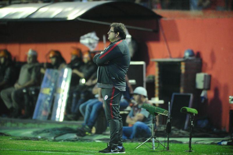 Bom dia, Guto (com os melhores lances de Brasil 0 x 1 Inter)