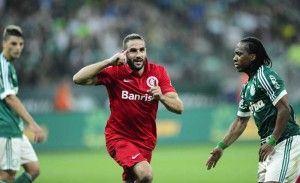 Lisandro López deixou o Inter classificado por um minuto...