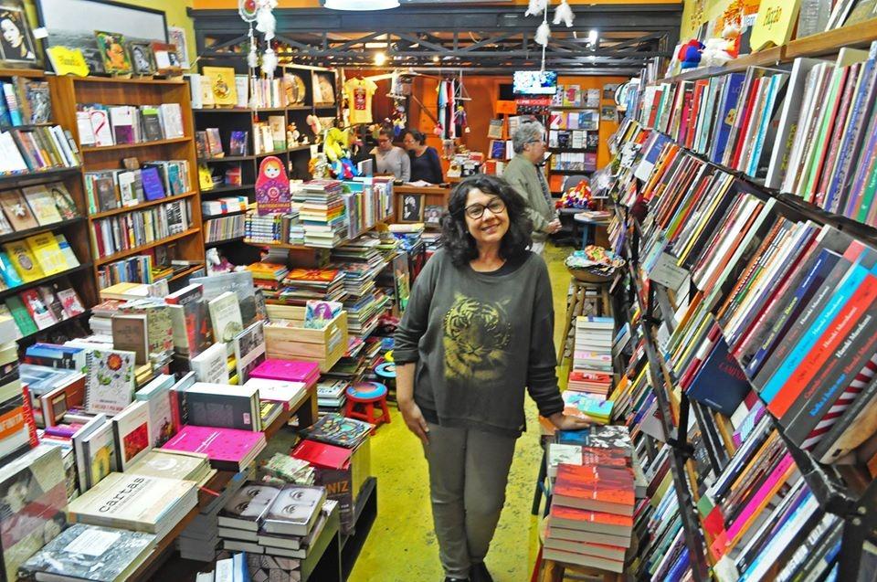 Lu Vilella escreve sobre os 25 anos da Livraria Bamboletras