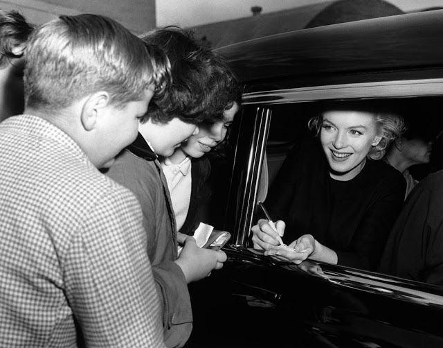 Marilyn Monroe (44)