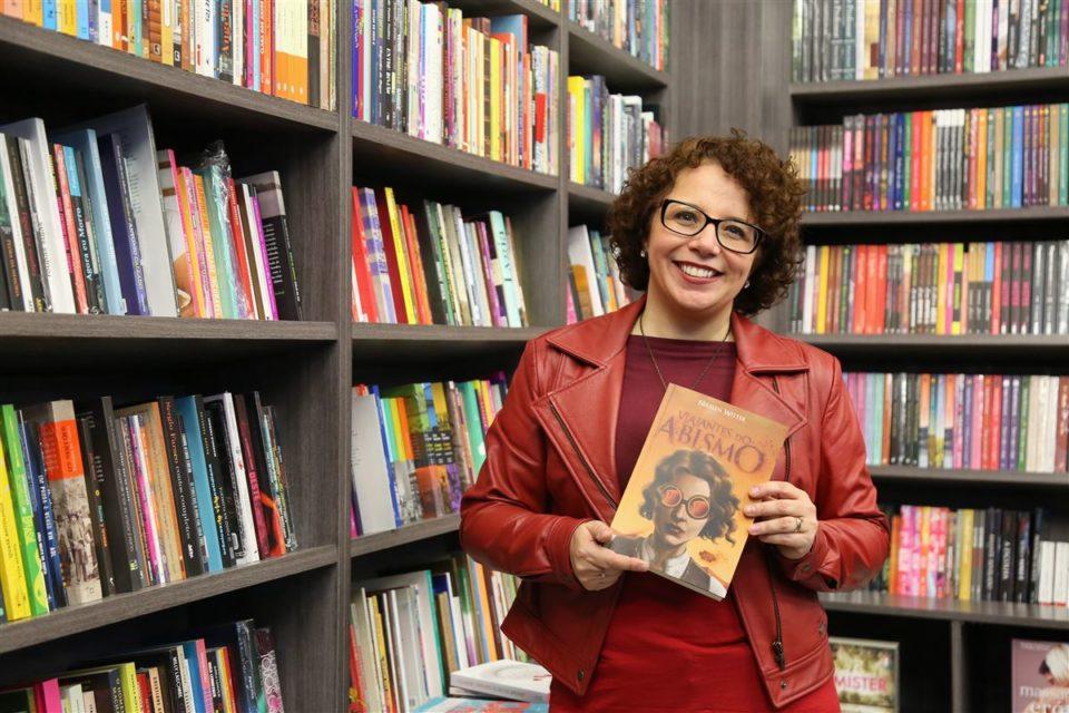 Nikelen Witter sobre os 25 anos da Livraria Bamboletras