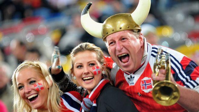 ONU: Brasil cai e fica em 22º lugar em ranking de felicidade; a fria e ateia Noruega lidera