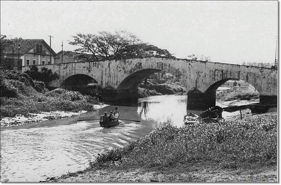 Ponte de Pedra dos Açorianos na década de 30
