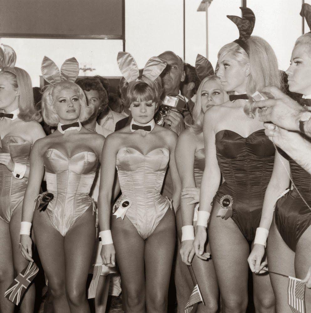 Retro Rabbit Costume (11)