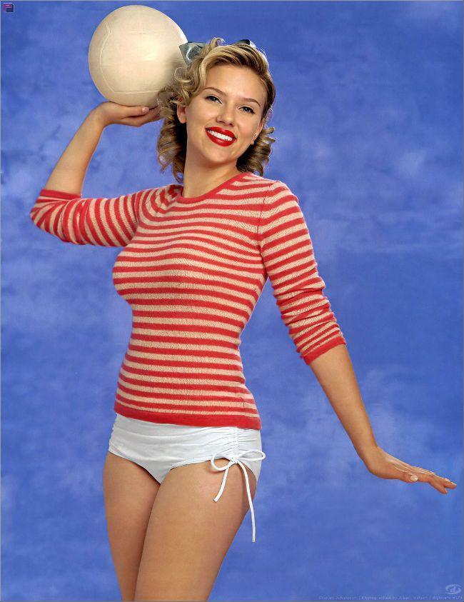 Porque hoje é sábado, comemoramos a sexta-feira, pois foi o dia em que Scarlett Johansson completou 29 anos