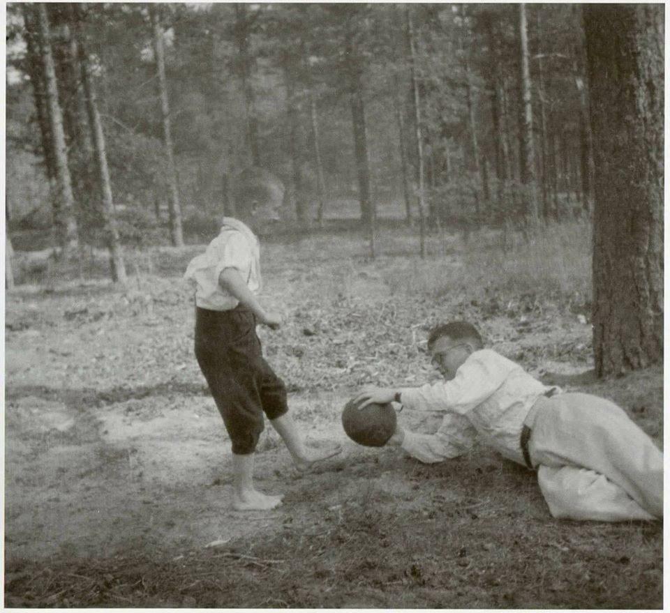 Inteligente, Shostakovich gostava de ver e de jogar futebol