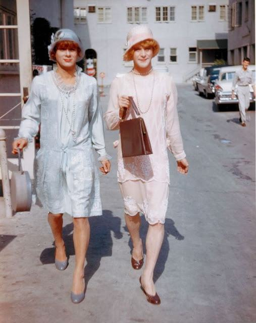 Some Like It Hot color (15)