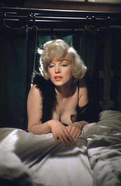 Some Like It Hot color (23)