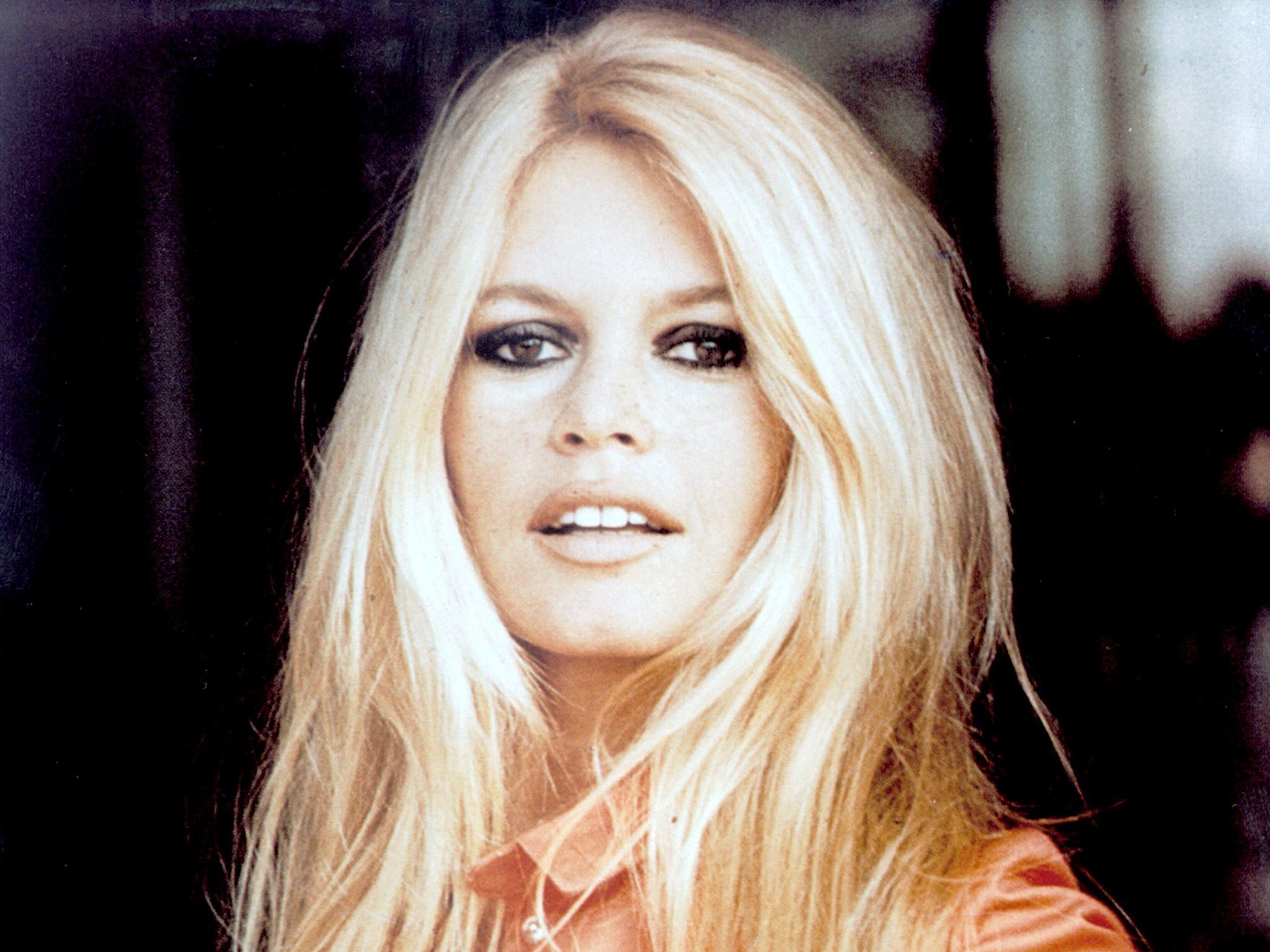 Porque hoje é sábado, Brigitte Bardot