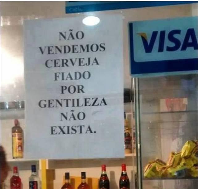 cartazes_estranhos_08