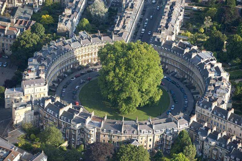 """O edifício """"The Circus"""", em Bath, na Inglaterra"""