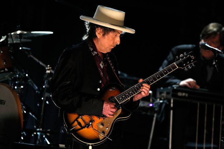 Porque Bob Dylan não deveria ter ganho o Nobel