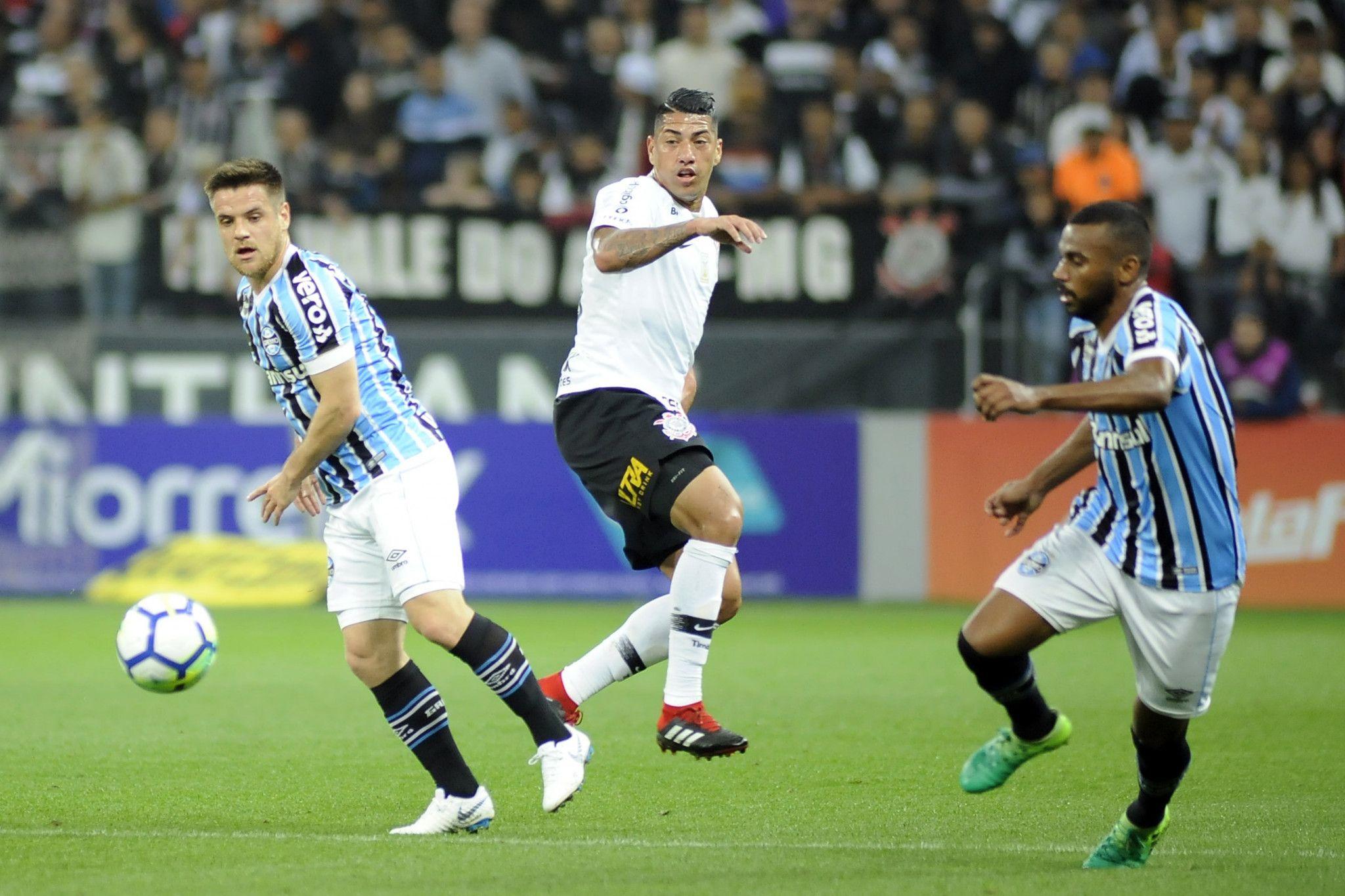 Bom dia, Renato (com os lances de Corinthians 0 x 1 Grêmio)