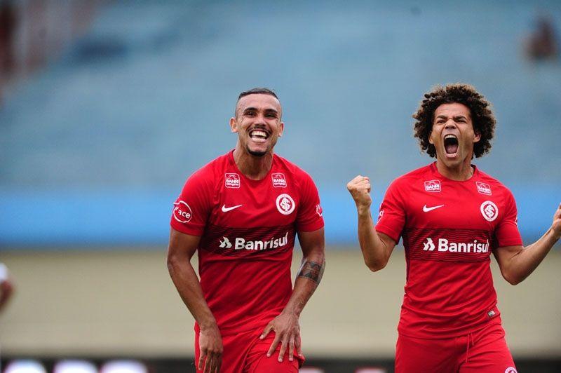 Bom dia, Odair Hellmann (com os gols de Goiás 0 x 2 Inter)