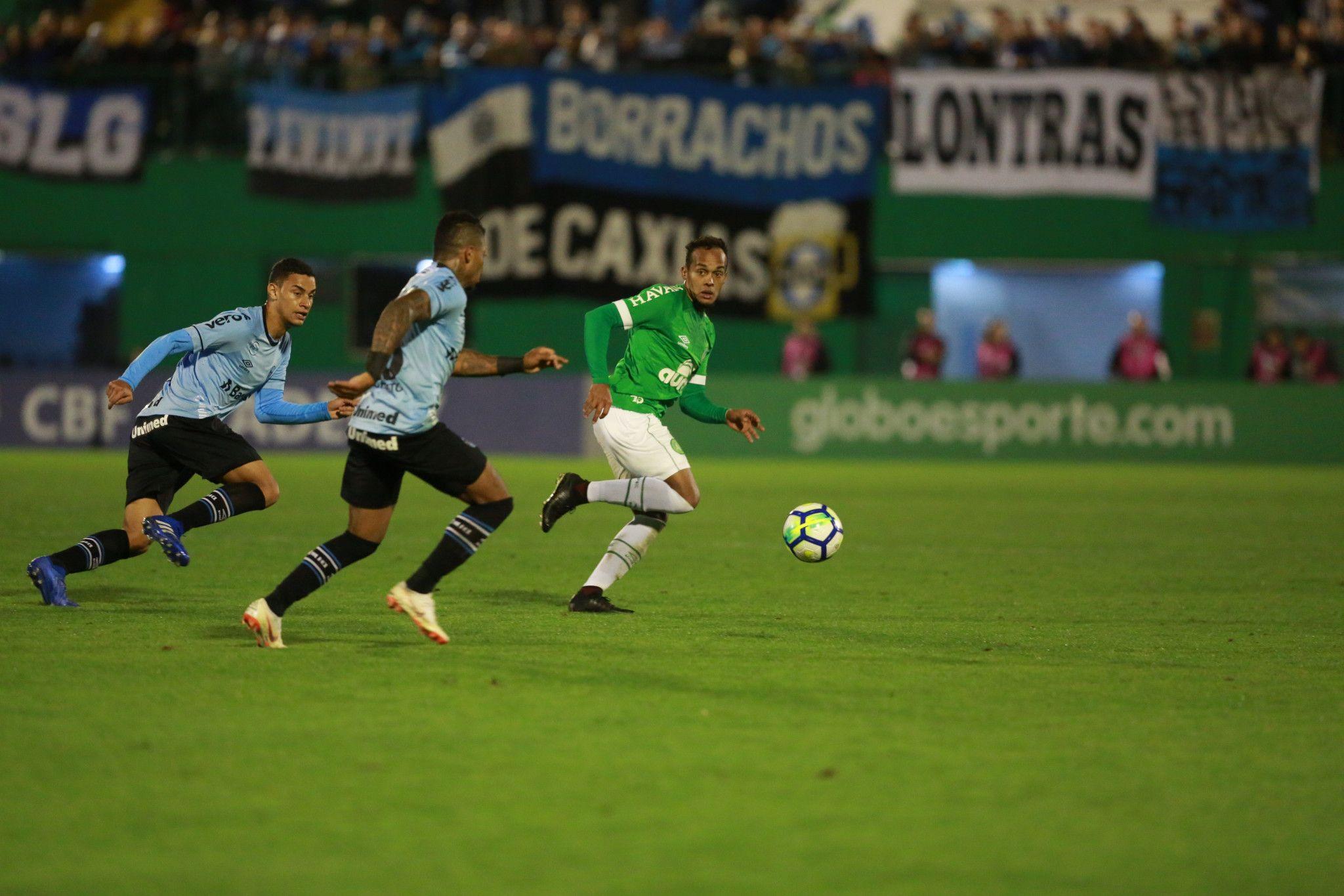 Bom dia, Renato (com os principais lances de Chapecoense 1 x 1 Grêmio)
