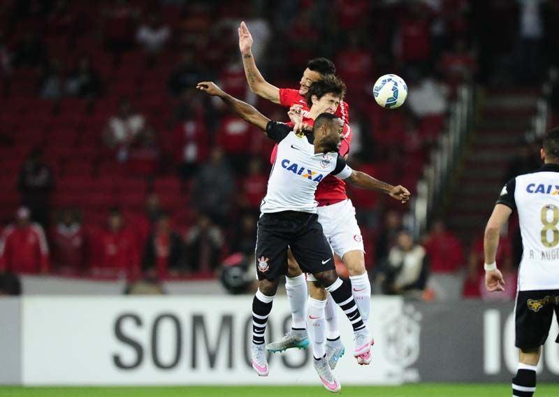 Vantagem de ter jogadores altos | Ricardo Duarte / SC Internacional