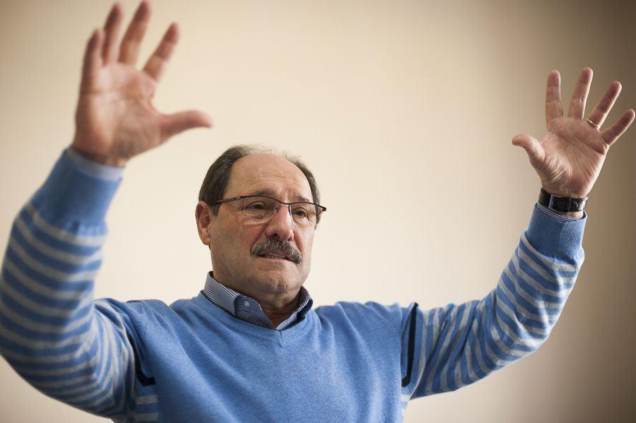 Sartori manda professores buscarem seu piso na Tumelero (veja o vídeo)