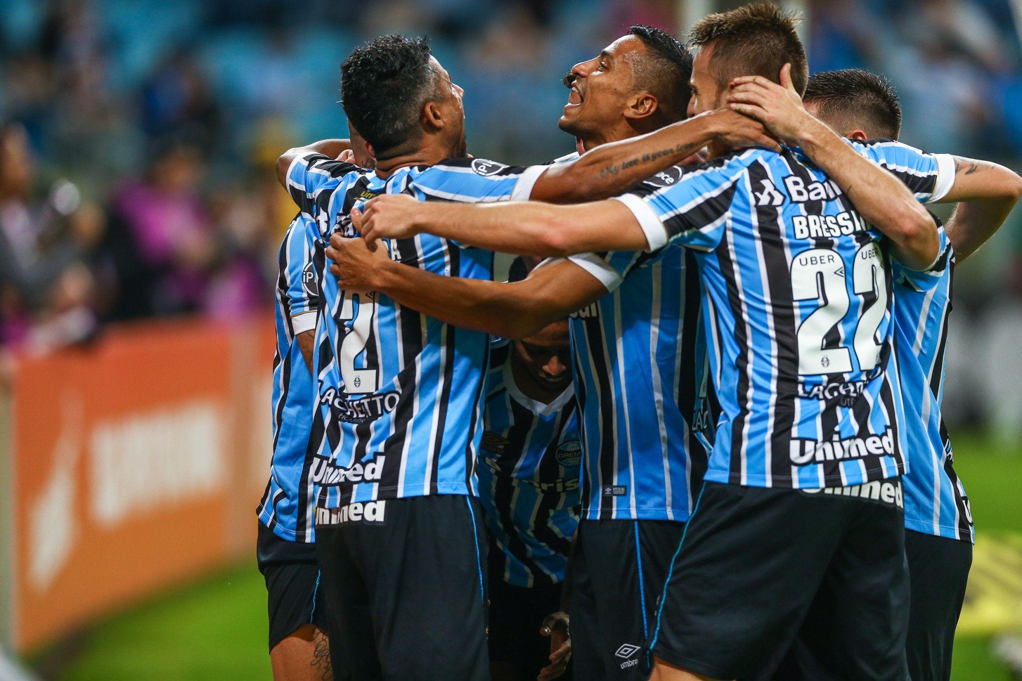Bom dia, Renato (com os melhores lances de Grêmio 2 x 0 Atlético-MG)