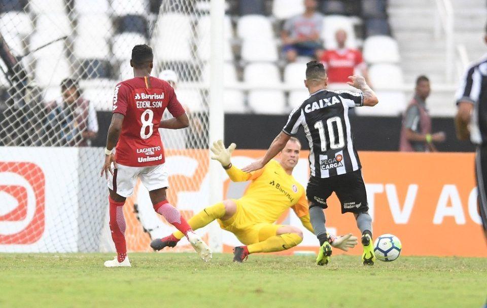Bom dia, Odair (com os lances do fiasco de Botafogo 1 x 0 Inter)