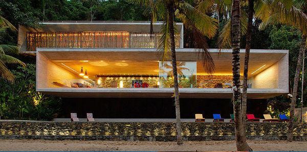 Conheça a mansão dos Marinho em área de preservação ambiental de Paraty