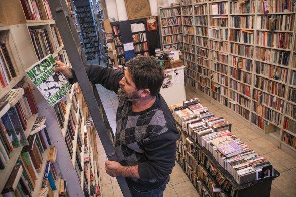 Um local de Porto Alegre: a Ladeira Livros de Mauro Messina