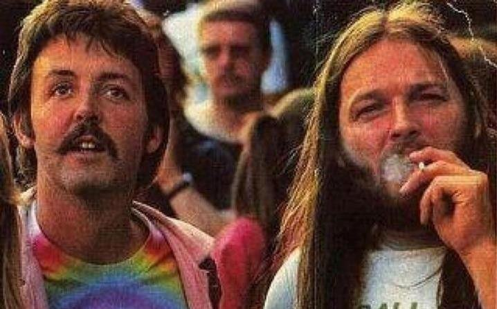 David Gilmour também sabe se divertir, ora