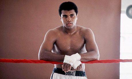 Brancos e pretos nos EUA dos anos 60: o dia em que Muhammad Ali ficou sem cachorro quente