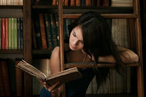 mulheres lendo 02